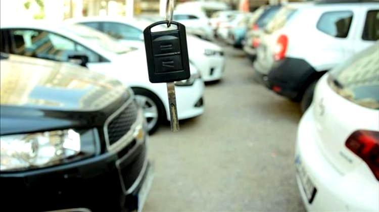 Anahtarsız Araba Kapısı Nasıl Açılır?